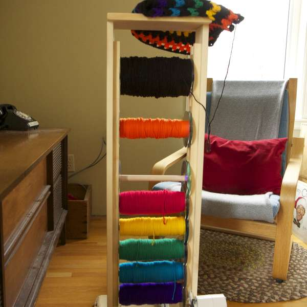 Yarn Rack With Motorized Yarn Winder